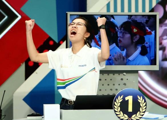 Con gái ăn mừng mạnh mẽ khi chiến thắng hay con trai khóc khi thua, thế thì có gì sai? ảnh 2