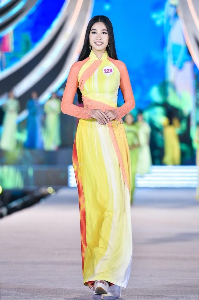 Top 5 Người đẹp Thể thao và Top 5 Người đẹp Du lịch của Hoa Hậu Việt Nam 2020 đã lộ diện ảnh 5