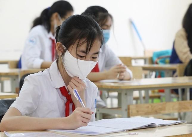 Tạm dừng đến trường hết tháng 2: Học sinh Hà Nội không tránh khỏi lo lắng dù đã quen ảnh 2