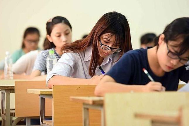Thầy cô và teen 12 dự đoán thế nào về đề thi tốt nghiệp THPT năm 2021? ảnh 2