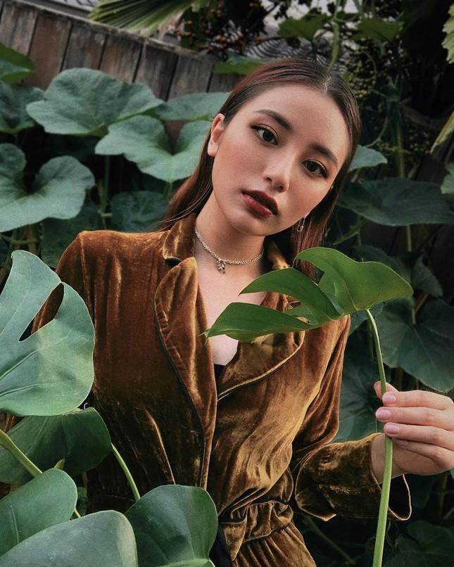 """""""Con nhà siêu giàu châu Á"""" đời thực: 3 cô nàng bên ngoài xinh đẹp, bên trong nhiều tiền! ảnh 3"""