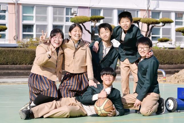 Hàn Quốc: Nhiều trường cho học sinh mặc đồng phục lấy cảm hứng từ hanbok từ tháng 11 ảnh 1