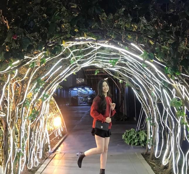 """Đại học Thăng Long ngập tràn không khí Giáng sinh sớm, hội sinh viên tha hồ """"sống ảo"""" ảnh 6"""