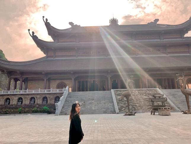 Du Xuân đầu năm tại ngôi chùa lớn nhất Việt Nam, phong cảnh yên bình và đẹp như một thước phim điện ảnh ảnh 6