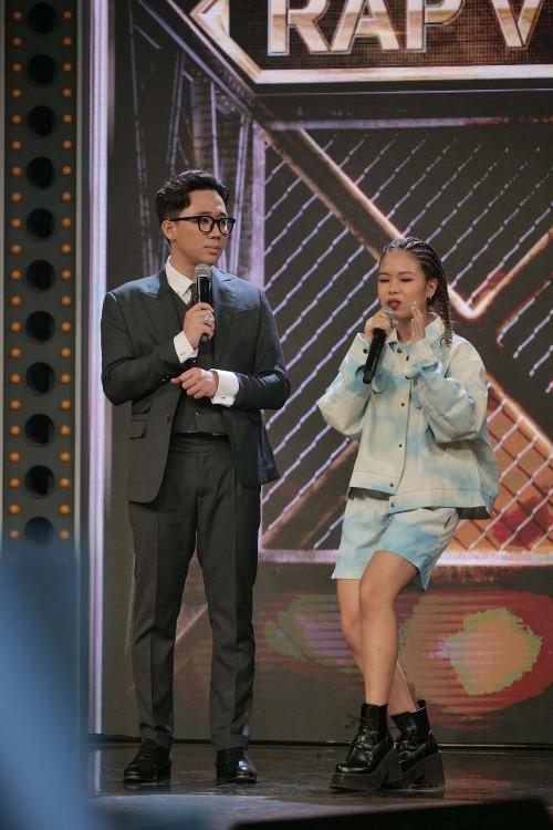 """Lộ diện thêm """"hit maker"""" và thí sinh nữ đầu tiên ở """"Rap Việt"""" với thành tích đáng dè chừng ảnh 1"""