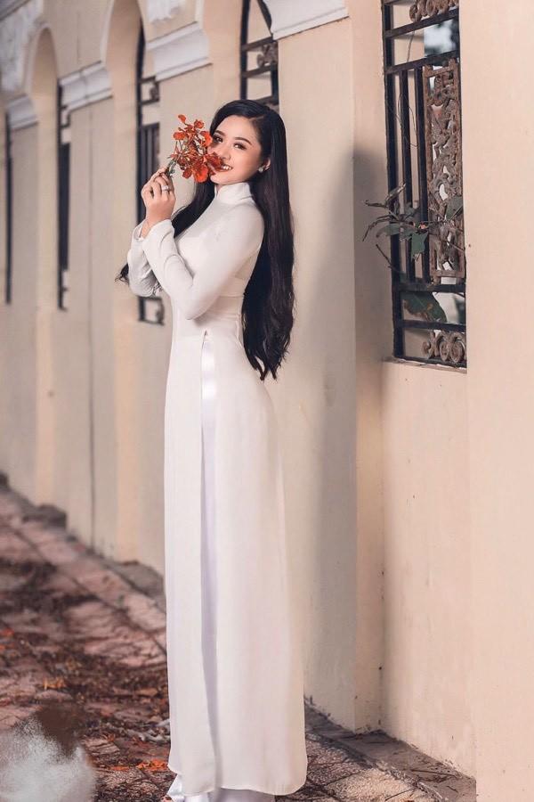 """Hoa hậu Việt Nam 2020: Như Quỳnh - """"đả nữ"""" Judo có nét đẹp mong manh của """"nàng thơ"""" ảnh 4"""