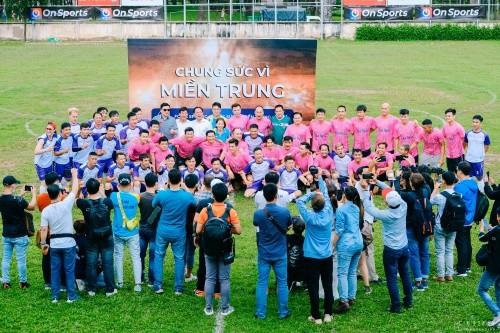 Nghệ sĩ Tiến Luật, ca sĩ Hồ Việt Trung gom sao đá bóng gây quỹ hướng về miền Trung ảnh 1