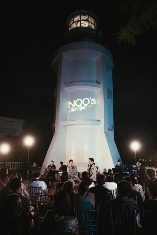 Noo Phước Thịnh lần đầu diễn live ca khúc mới tại ngọn hải đăng cổ nhất Đông Nam Á ảnh 2