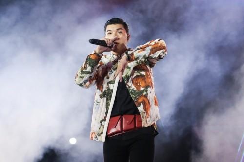 """Noo Phước Thịnh bùng nổ cùng HIEUTHUHAI, RichChoi trong Chung kết """"King Of Rap"""" ảnh 4"""