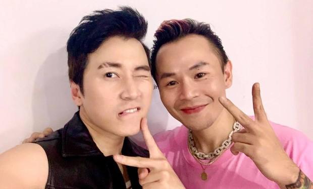 """Karik bất ngờ đáp trả bình luận """"thả thính"""" của Binz, netizen đồng thanh gọi tên Châu Bùi ảnh 3"""