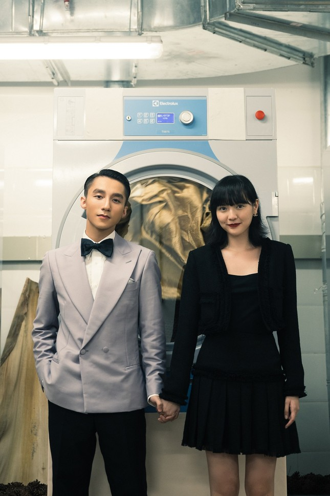"""MV """"Chúng Ta Của Hiện Tại"""" của Sơn Tùng M-TP đạt Top 1 Trending sau 5 giờ phát hành ảnh 1"""