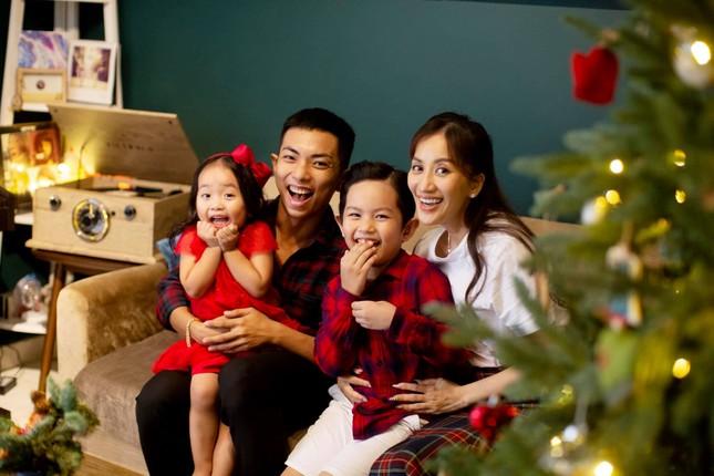 Sao Việt nô nức khoe ảnh trang hoàng nhà cửa lung linh chào đón Giáng sinh 2020 ảnh 10