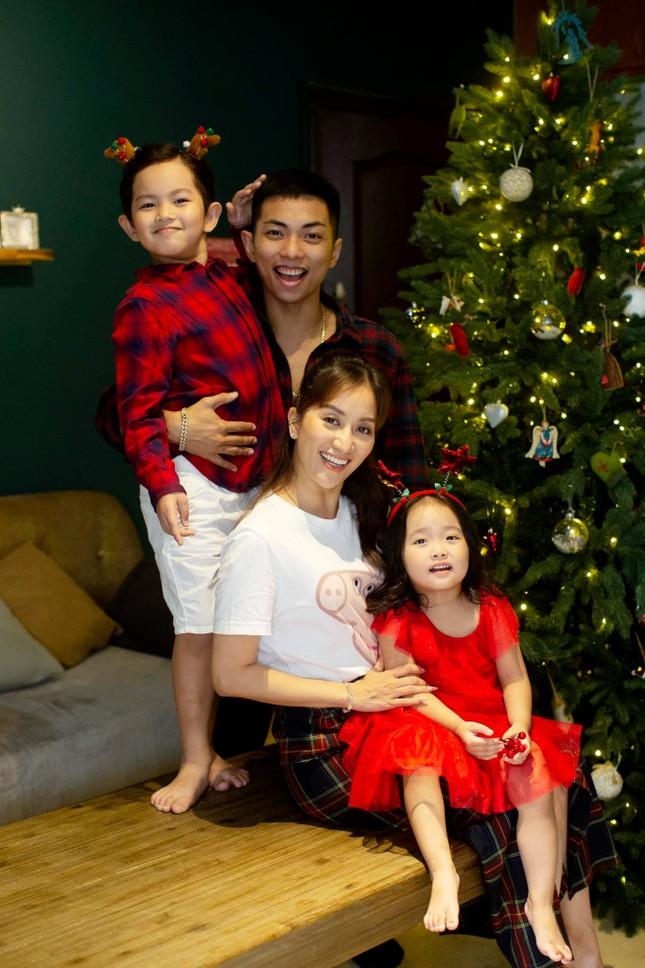 Sao Việt nô nức khoe ảnh trang hoàng nhà cửa lung linh chào đón Giáng sinh 2020 ảnh 11