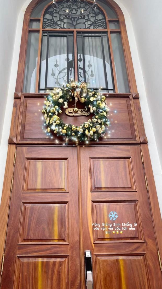 Sao Việt nô nức khoe ảnh trang hoàng nhà cửa lung linh chào đón Giáng sinh 2020 ảnh 3