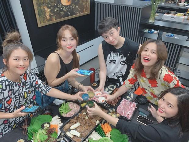 Lộ ảnh Chi Dân - Lan Ngọc bên nhau, showbiz Việt còn bao nhiêu cặp đang bí mật hẹn hò? ảnh 8