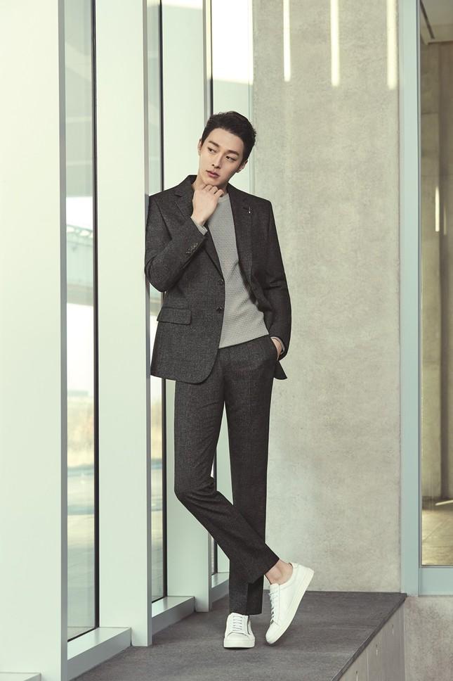 """8 nam thần Hàn Quốc sở hữu chiều cao khủng trên 1m85, sở hữu """"đại dương fangirl"""" ảnh 22"""