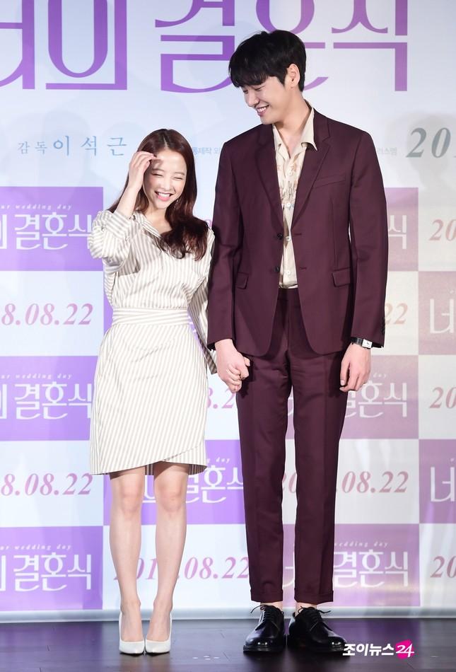 """8 nam thần Hàn Quốc sở hữu chiều cao khủng trên 1m85, sở hữu """"đại dương fangirl"""" ảnh 11"""