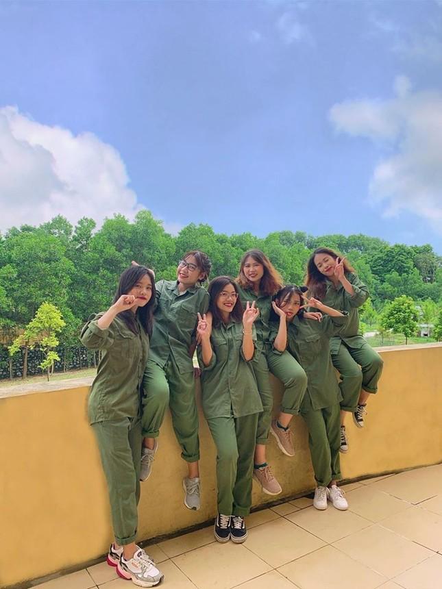 Kỳ quân sự đáng nhớ của sinh viên Đại học Kinh Tế Quốc Dân giữa mùa dịch COVID-19 ảnh 9