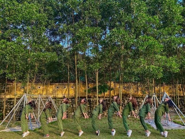Kỳ quân sự đáng nhớ của sinh viên Đại học Kinh Tế Quốc Dân giữa mùa dịch COVID-19 ảnh 6