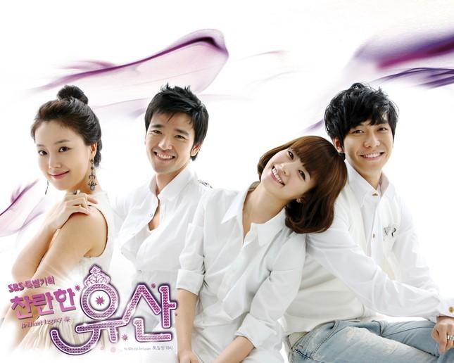 """Lee Seung Gi và Han Hyo Joo tái hợp sau 11 năm, fan phải thốt lên """"đẹp đôi hoàn hảo"""" ảnh 3"""