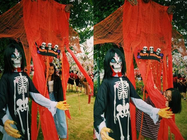 """Đi đâu để cảm thấy """"rùng hết cả mình"""" trong dịp lễ hội Halloween tại Hà Nội? ảnh 2"""