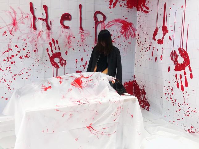 """Đi đâu để cảm thấy """"rùng hết cả mình"""" trong dịp lễ hội Halloween tại Hà Nội? ảnh 6"""