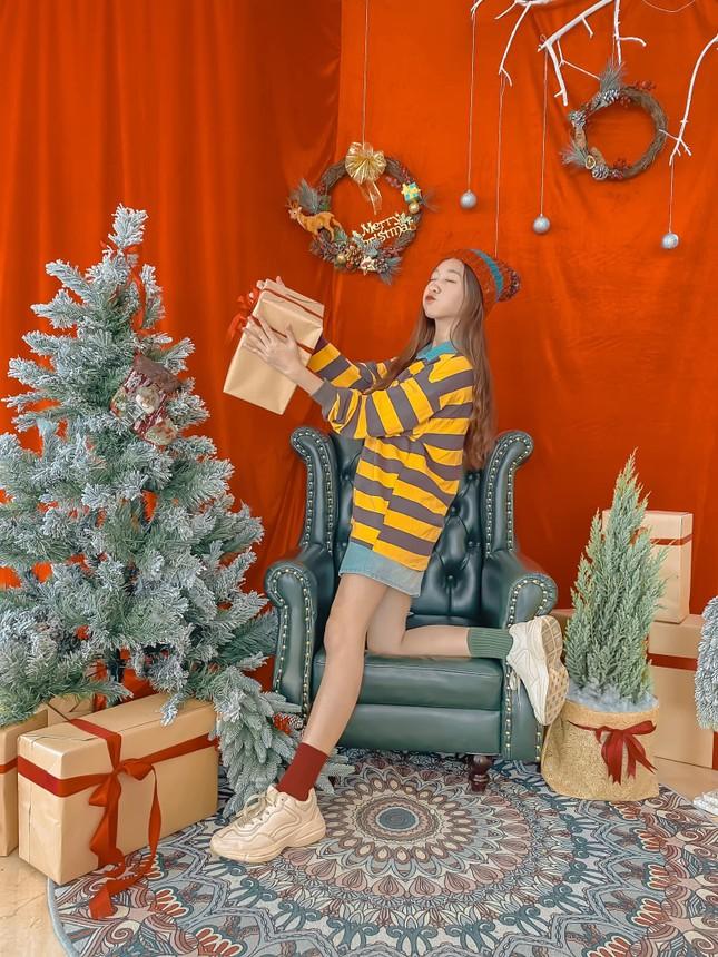 """Top 5 quán cà phê đáng yêu, đẹp và """"ngầu"""" nhất định bạn phải ghé vào mùa Giáng sinh này ảnh 3"""