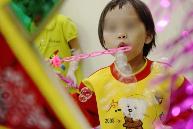 Nhói lòng với điều ước đêm Trung thu của trẻ mồ côi, khuyết tật miền sơn cước ảnh 3