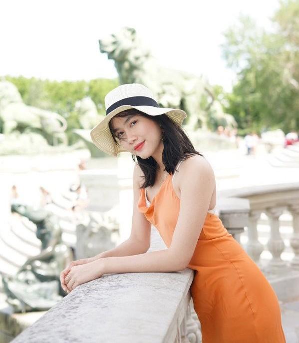 Nhan sắc đời thường của hai Á hậu Hoa hậu Việt Nam 2020 ảnh 8