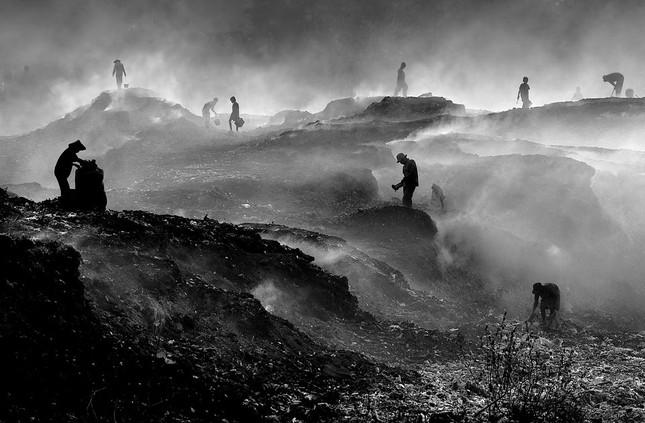 Chiêm ngưỡng 4 khoảnh khắc của Việt Nam lọt chung kết giải ảnh xuất sắc nhất năm ảnh 9