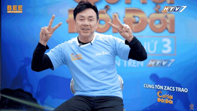 Khán giả rơi nước mắt xem video Chí Tài chạy mướt mồ hôi để giúp người nghèo ảnh 4