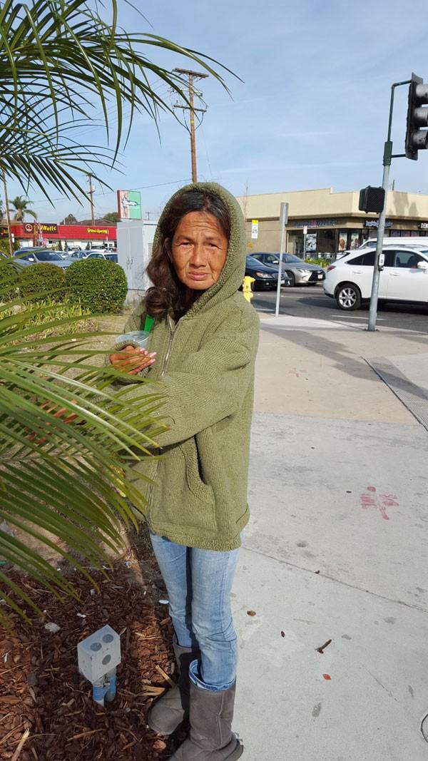 Cuộc sống lang thang ăn xin ở Mỹ của ca sĩ Kim Ngân - từng xinh đẹp bậc nhất hải ngoại ảnh 6