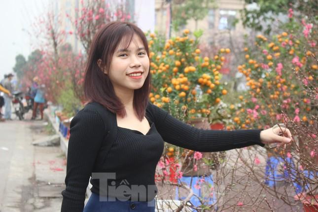 Chợ hoa dịp cận Tết và nỗi lòng người bán khi dịch COVID-19 bùng phát ảnh 16