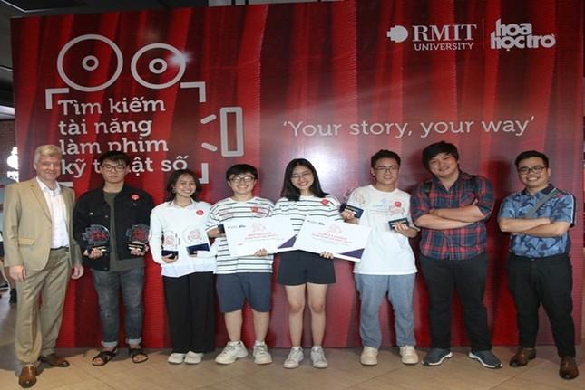Đạo diễn Nguyễn Quang Dũng và diễn viên Hồng Ánh ngồi 'ghế nóng' cuộc thi làm phim dành cho teen ảnh 5