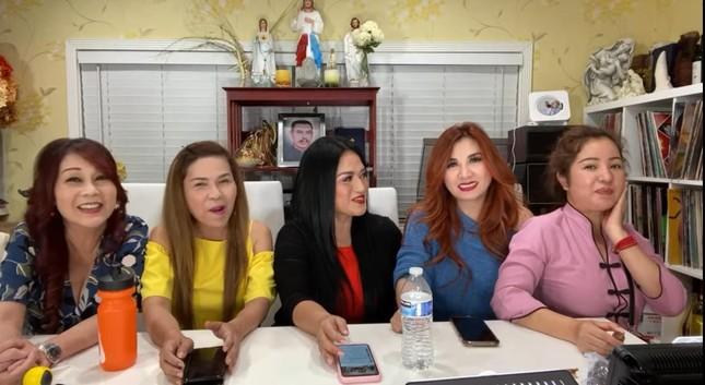 Danh hài Thúy Nga nói về bệnh tình của ca sĩ Kim Ngân lang thang tại Mỹ ảnh 1