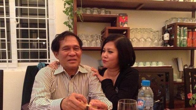 Sao Việt an ủi NSND Minh Hằng vì chồng mất chưa đầy 49 ngày thì bố ruột lại qua đời ảnh 2