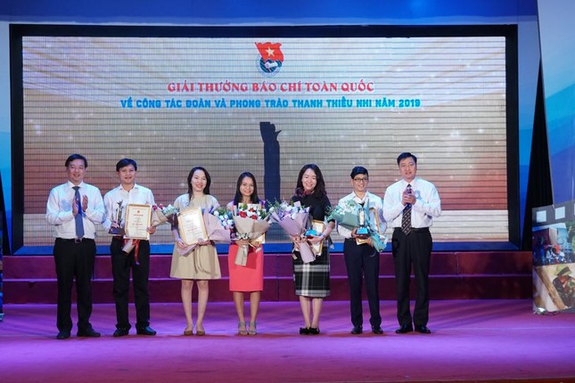 Báo Tiền Phong đoạt giải Nhất giải thưởng báo chí T.Ư Đoàn ảnh 3