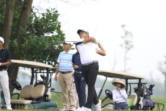 Golfer Bảo Long quyết tâm bảo vệ chức vô địch Tiền Phong Golf Championship ảnh 1