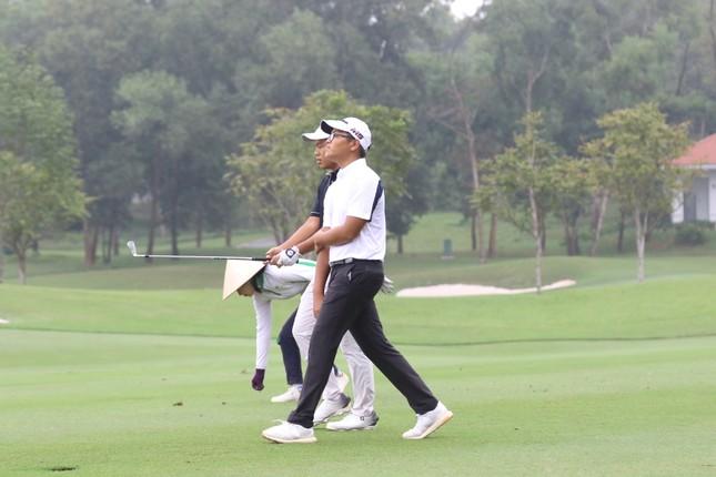 Golfer Bảo Long quyết tâm bảo vệ chức vô địch Tiền Phong Golf Championship ảnh 6