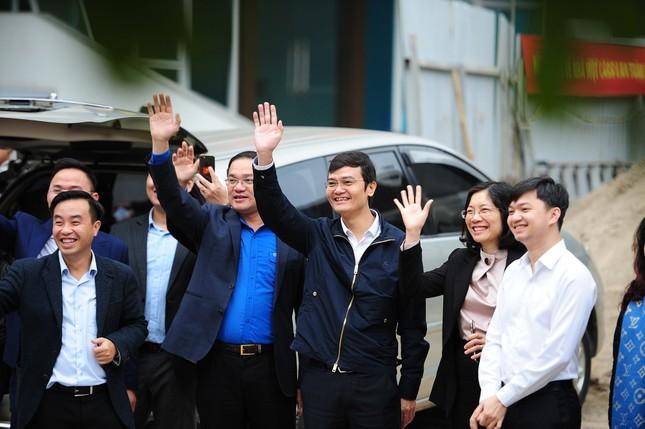 Sinh viên Thủ đô đi xe miễn phí về quê đón Tết ảnh 3