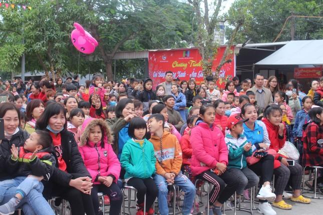 Bắc Giang: 'Xuân yêu thương - Tết sum vầy' cho hơn 2.000 thanh niên công nhân ảnh 2