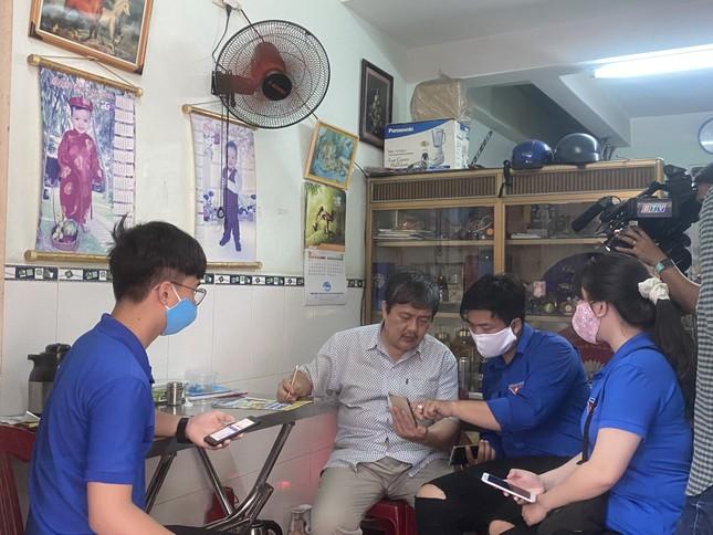 Bình Định: Đến từng ngõ, gõ từng nhà khai báo y tế ảnh 3