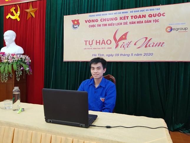 Nữ sinh Tuyên Quang đạt giải nhất toàn quốc cuộc thi 'Tự hào Việt Nam' ảnh 1