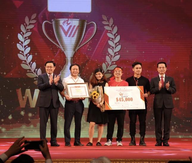 Đội VioT trở thành Quán quân cuộc thi VinaCapital Ventures VietChallenge ảnh 1