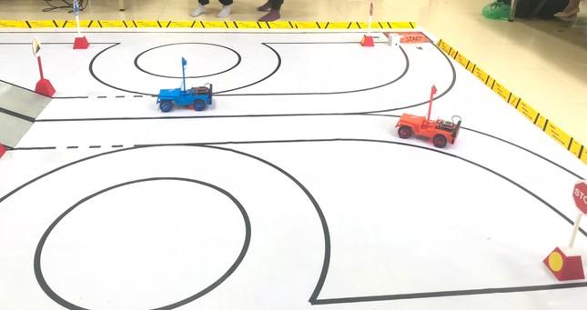 Hào hứng cuộc thi đua xe mô hình ô tô tự động - HUS Racing ảnh 5