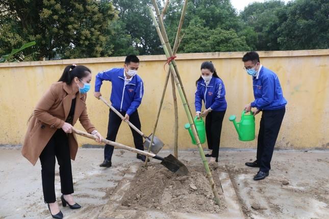 Tuổi trẻ Thủ đô trồng 15.000 cây xanh trong Tháng Thanh niên ảnh 3