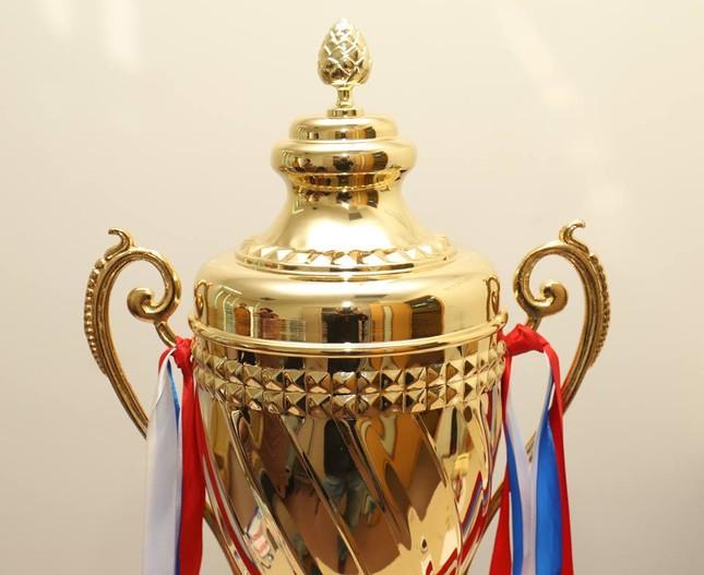 Cận cảnh chiếc cúp vô địch Siêu Cup Quốc gia 2018 ảnh 2