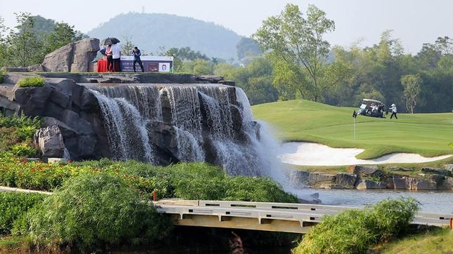 Cận cảnh sân thi đấu Tiền Phong Golf Championship 2019 ảnh 3