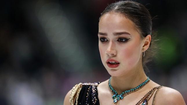 'Thiên thần' trượt băng được ông Putin chúc mừng sinh nhật ảnh 3