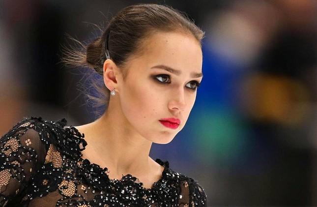 'Thiên thần' trượt băng được ông Putin chúc mừng sinh nhật ảnh 4